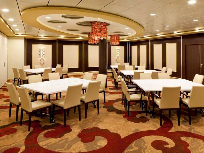 Salle de conférence du bateau de croisière Celebrity Reflection