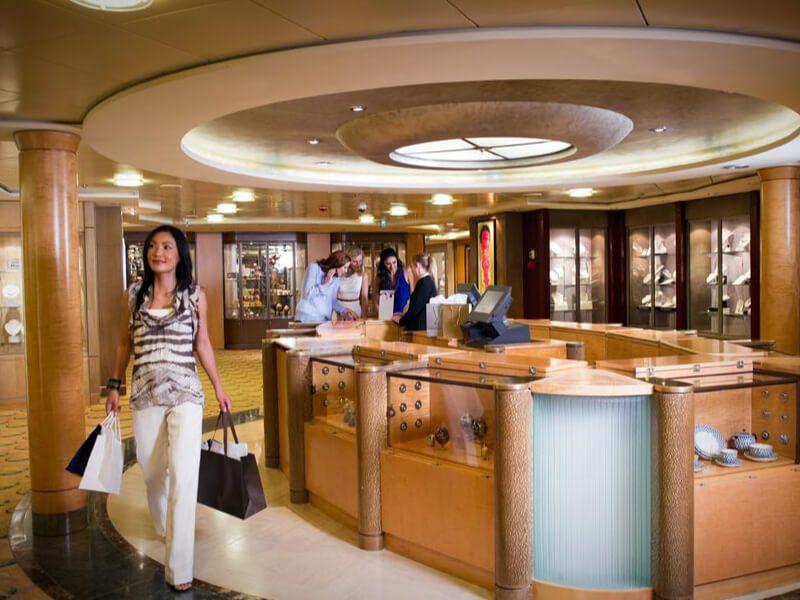 Boutique du bateau de croisière Celebrity Millennium
