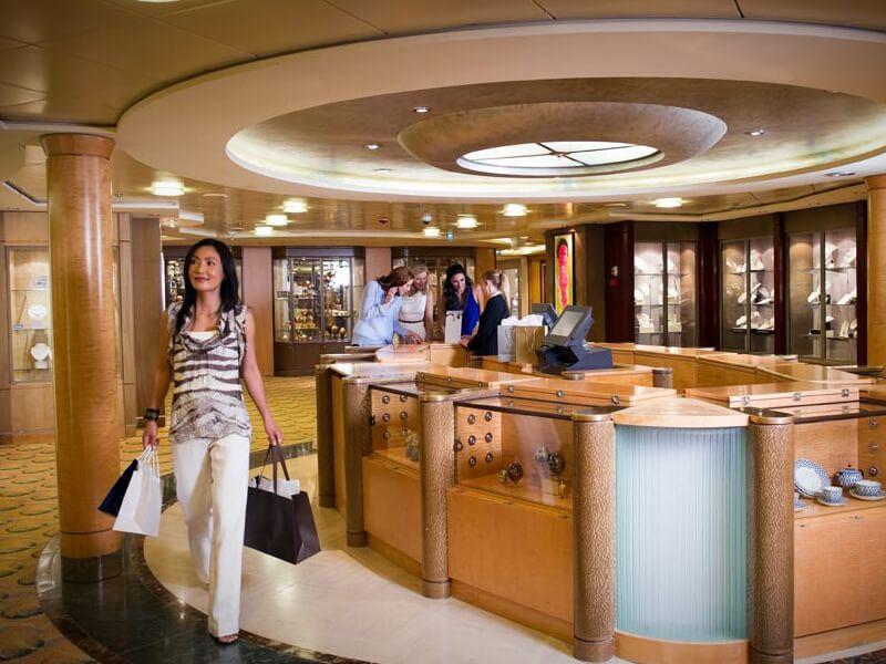 Boutique du bateau de croisière Celebrity Infinity