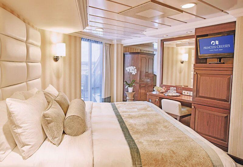 Suite du bateau de croisière Pacific Princess