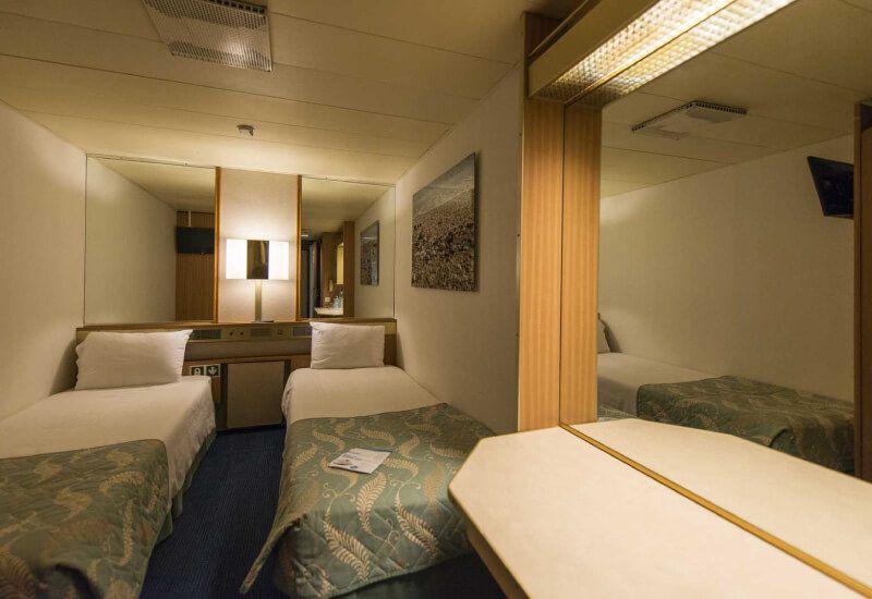 Cabine intérieure du bateau de croisière Celestyal Olympia