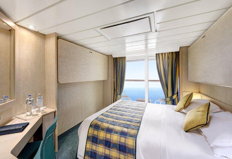 Cabine balcon du bateau de croisière Costa Lirica