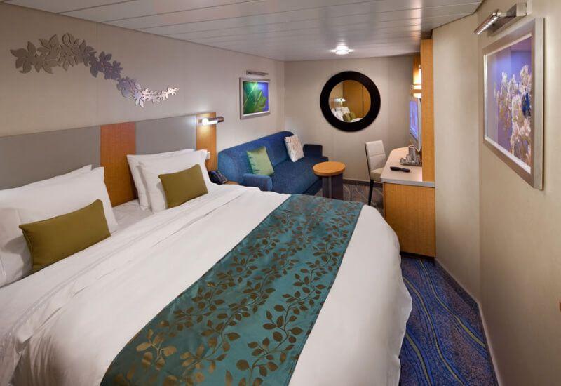Cabine intérieure du bateau de croisière Allure of the Seas