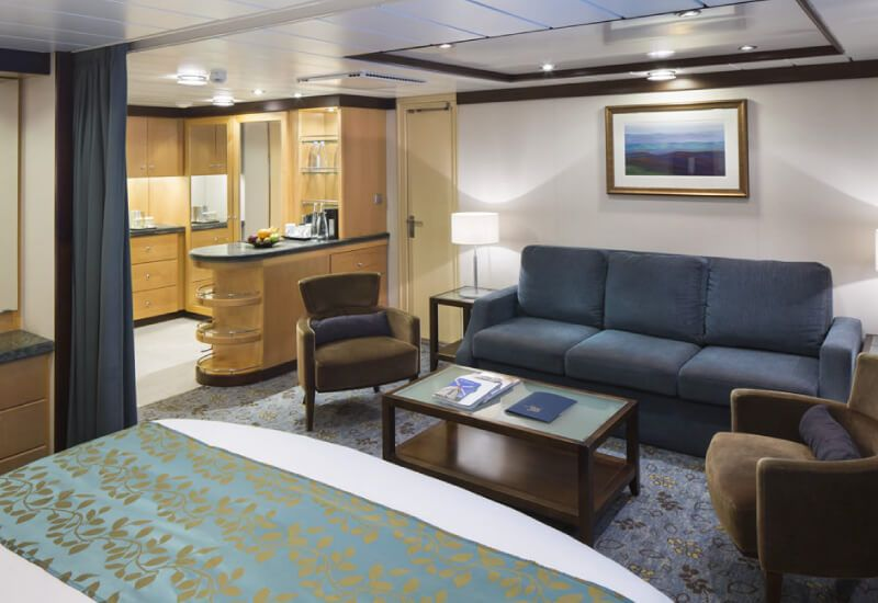 Suite-Navigator-of-the-Seas