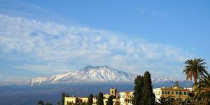 Découvrez le sommet de la Sicile avec le mont Etna lors de votre croisière en Sicile