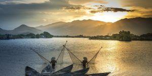 Admirez de magnifiques paysages lors de votre descente du Mékong en bateau !