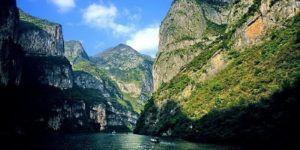 Parcourez le Yangtze en bateau pour un séjour inoubliable !