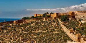 Découvrez la belle ville de Malaga, l'une des escales en Europe, pendant votre voyage